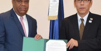 Danilo Díaz y Sumio Watahi