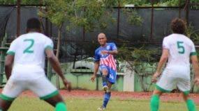 La acción corresponde a uno de los partidos del torneo.