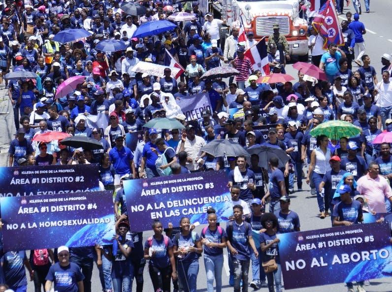 Religiosos marcharon por calles de la capital. elieser tapia