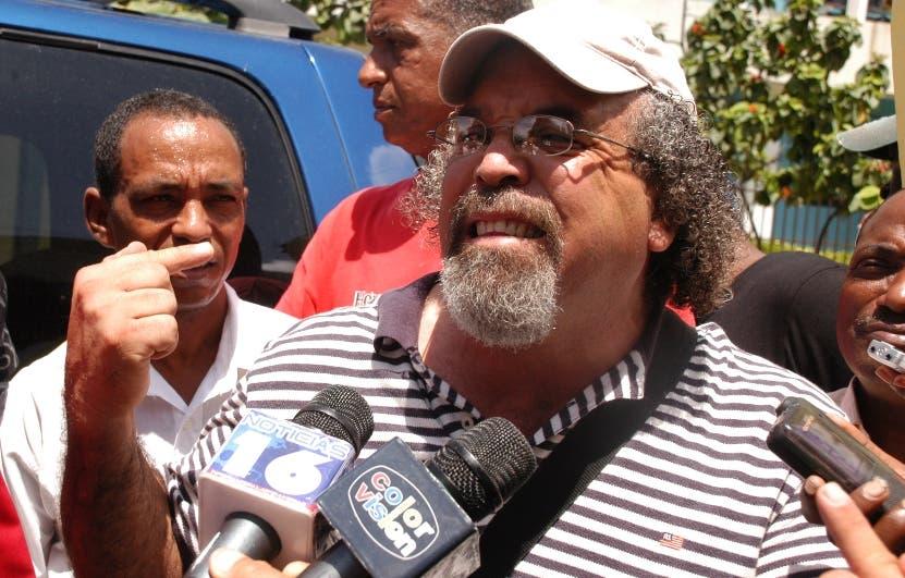 Salesianos expulsan al padre Rogelio Cruz