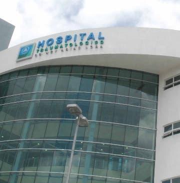 Reportaje al Hospital Traumatología Doctor Ney Arias Lora de la Ciudad Sanitaria, el doctor Félix Hernández. En el municipio Santo Domingo Norte. Republica Dominicana. 20 de mayo de 2010. Foto Pedro Sosa