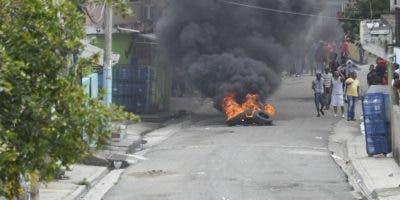 Residentes de Pantoja reclaman agua y suministro energía.