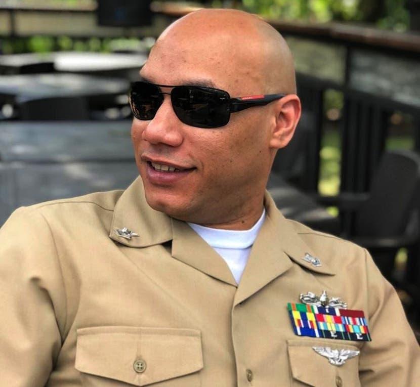 Carlos T. Sánchez,  chef portaviones Harry Truman.