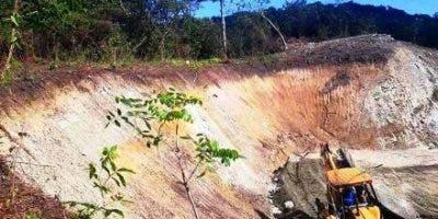 denuncian-sigue-la-destruccion-zona-amortiguamiento-reserva-natural-loma-isabel-de-torres-en-puerto-plata-1