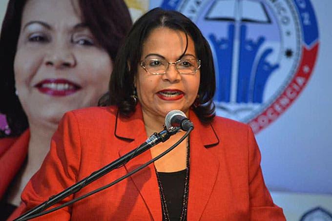 Emma Polanco, primera mujer que llega a la Rectoría de la UASD.