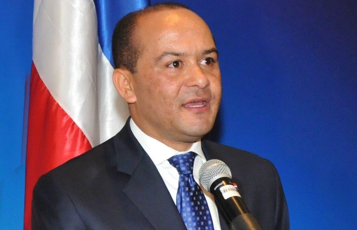 Danilo Medina designa a Briunny Garabito embajador dominicano en China