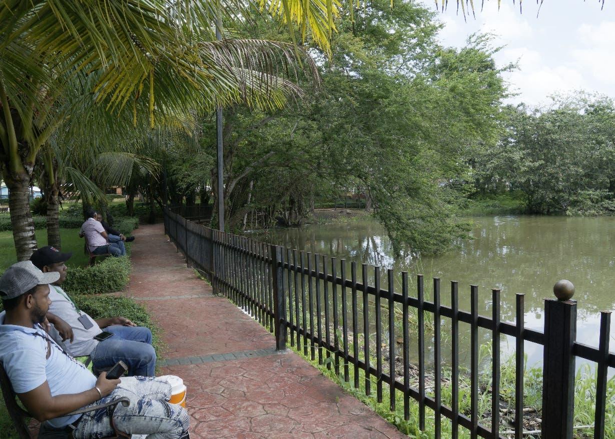 Los visitantes pueden disfrutar de un tranquilo descanso en un medio natural. ELIESER TAPIA