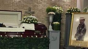 Los restos de Joseíto Mateo fueron sepultados en el Cementerio Puerta del Cielo.