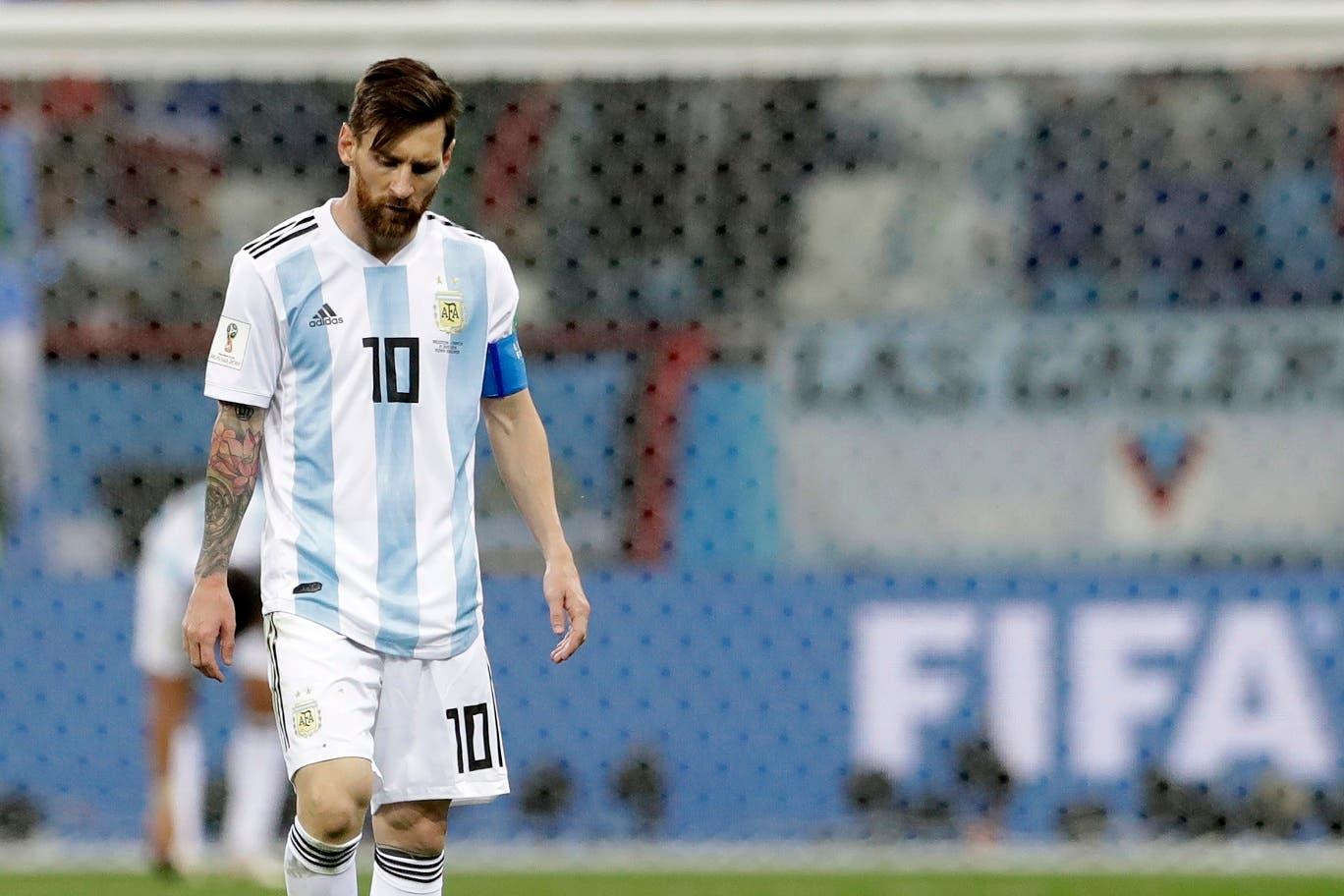 El delantero de Argentina Lionel Messi al final del partido que su equipo perdió 3-0 ante Croacia por el Grupo D del Mundial en Nizhny Nóvgorod, Rusia, el jueves 21 de junio de 2018. (AP Photo/Petr David Josek)