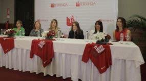 Carmen Julia Ruiz, Alma Valverde, Diana Ramírez, Priscilla Kelly, Wilma Santana y Cynthia León.