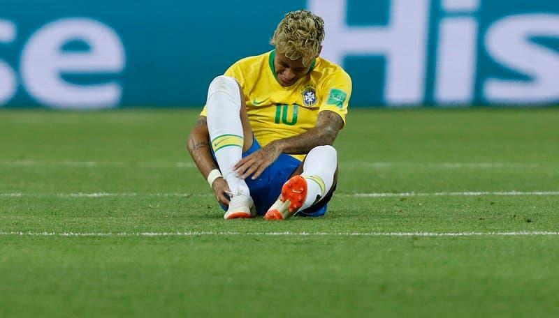 5. El brasileño Neymar durante el duelo ante Suiza en el Grupo E del Mundial 2018 en la Arena Rostov el domingo 17 de junio de 2018 en Rostov Del Don, Rusia. (AP Foto/Darko Vojinovic)
