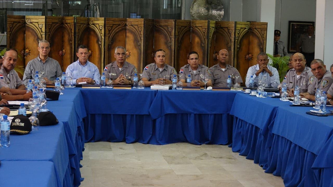 reunion-policia-nacional