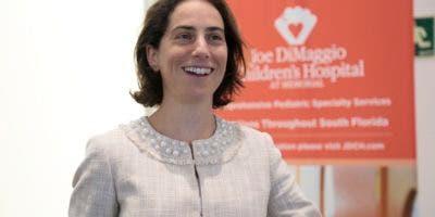 La neurocirujana pediátrica estadounidense Heather Spader, del centro Joe Dimaggio Childrens Hospital, de La Florida, quien hizo la presentación resaltó que el procedimiento no es nuevo, pero ha ido evolucionando.