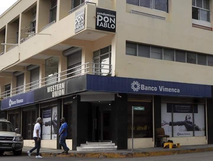 Sucursal de Vimenca donde se produjo el robo de más de 11.4 millones de pesos el sábado 23 de junio.