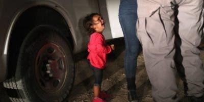"""La imagen levantó mucha polémica y fue utilizada para evidenciar el drama de la """"tolerancia cero"""" de Trump."""