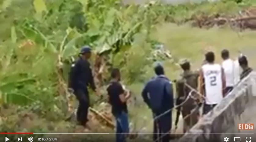 Video muestra brutalidad de agentes penitenciarios contra un prófugo herido y bajo dominio