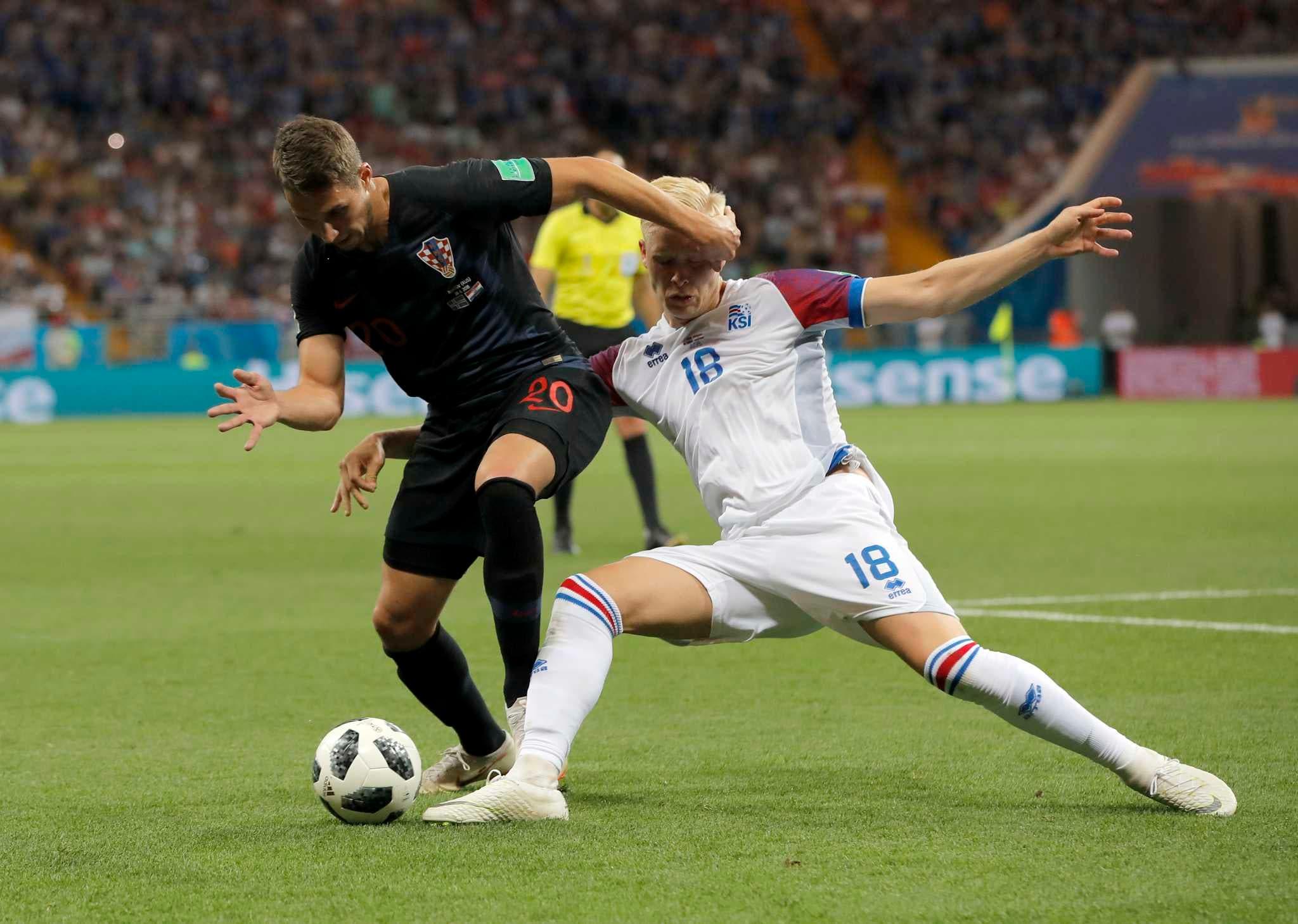 Croacia firma primera fase perfecta y despide a Islandia