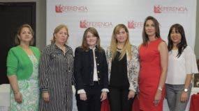 Carmen Ruiz, Alma Valverde, Priscilla Kelly, Diana Ramírez, Cynthia León y  Wilma Santana.
