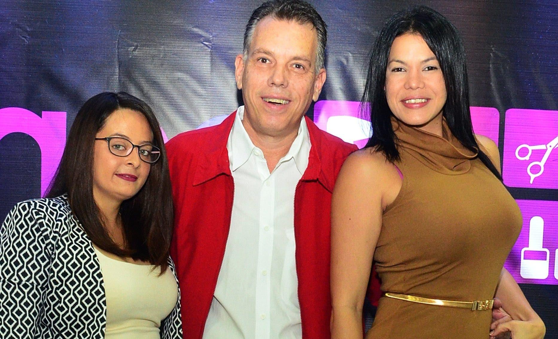 Joanna Vincent, Pablo Barcarola y Jisseell Santana.