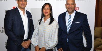 Rafael A. Martínez, Linette Ponciano y Miguel Arias.