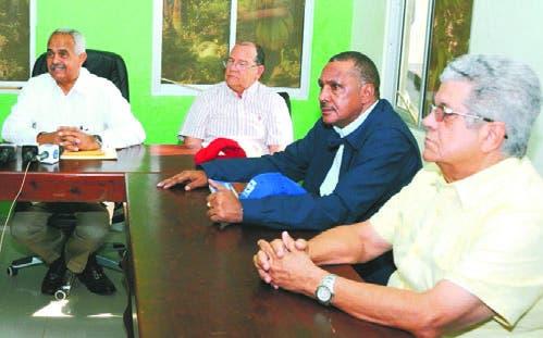 Benítez habla tras reunión sobre situación banano.  fuente externa