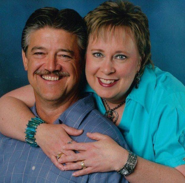 Nancy y Frank se casaron en 1983 y criaron a tres hijos en Texas, EE.UU.