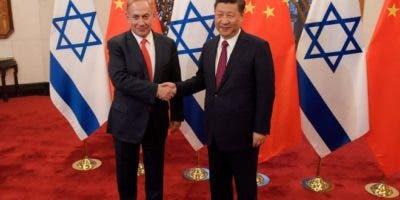 El primer ministro israelí, Benjamin Netanyahu, y el presidente de China, Xi Jinping, han tenido múltiples encuentros con el fin de propiciar mejores relaciones de negocios entre ambos países.