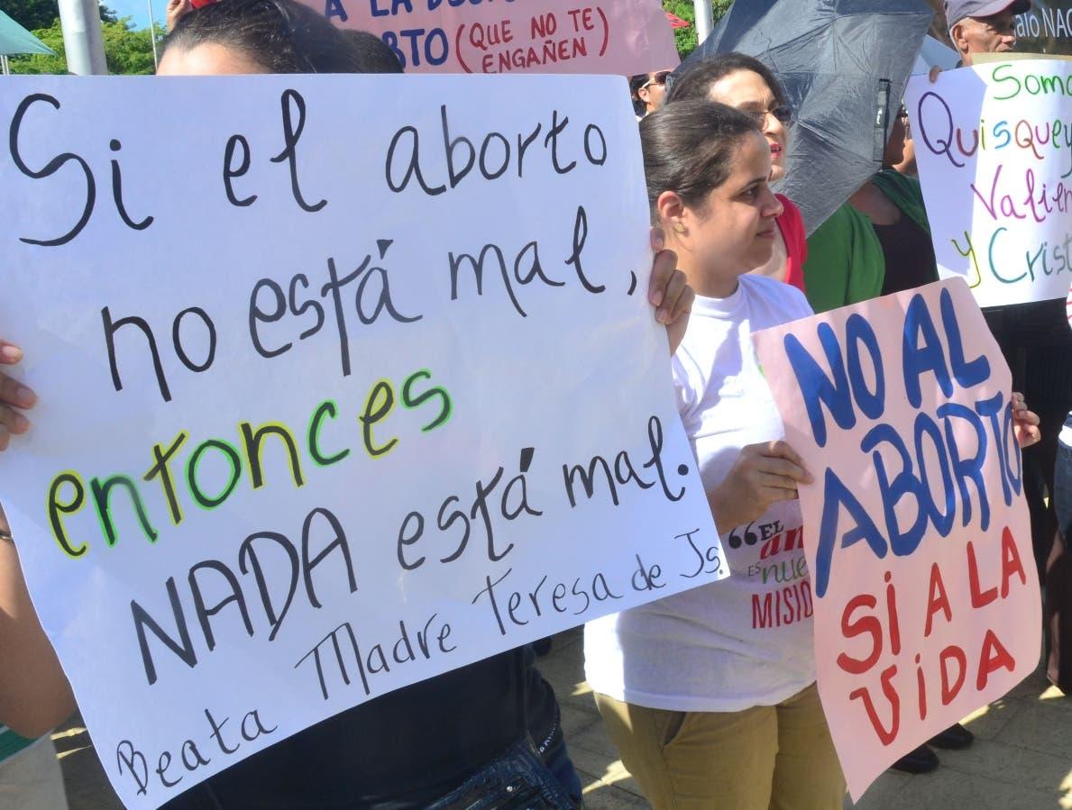 La Iglesia católica insiste en su rechazo contra la práctica del aborto.  Archivo..