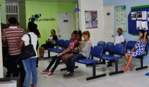 Pacientes han denunciado negativa a servicios de analítica.