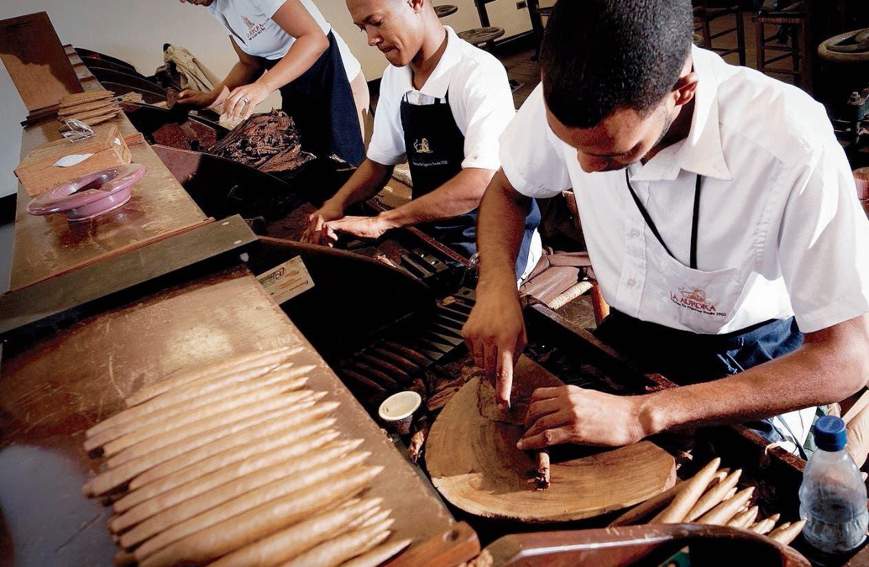 En   2015 se exportaban 162 millones de unidades  de cigarros premium, según el Intabaco.