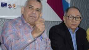 Sindicalistas José Luis León y Rafael   Abreu. José De León.
