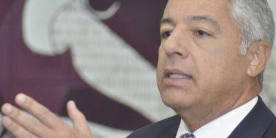 Donald Guerrero, ministro de Hacienda.  ARCHIVO
