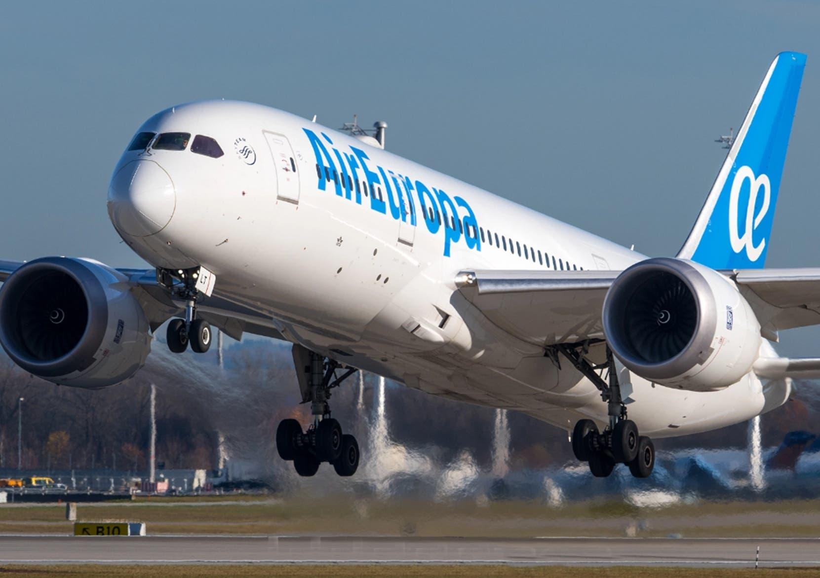 Air Europa, compañía del Grupo Globalia, prevé tener unos  dos  aviones más dentro de 10 años.   Fuente externa
