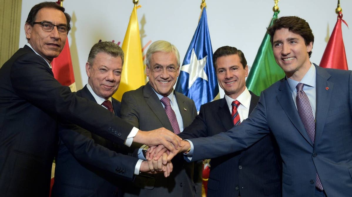 Los presidentes y representantes de los países del  Mercosur se reunieron en México.