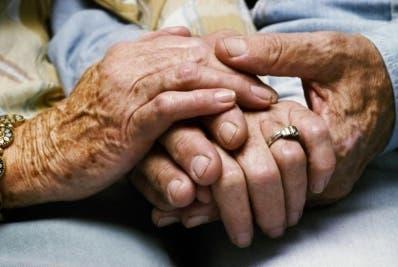 Mortalidad se estanca después de los 105 años