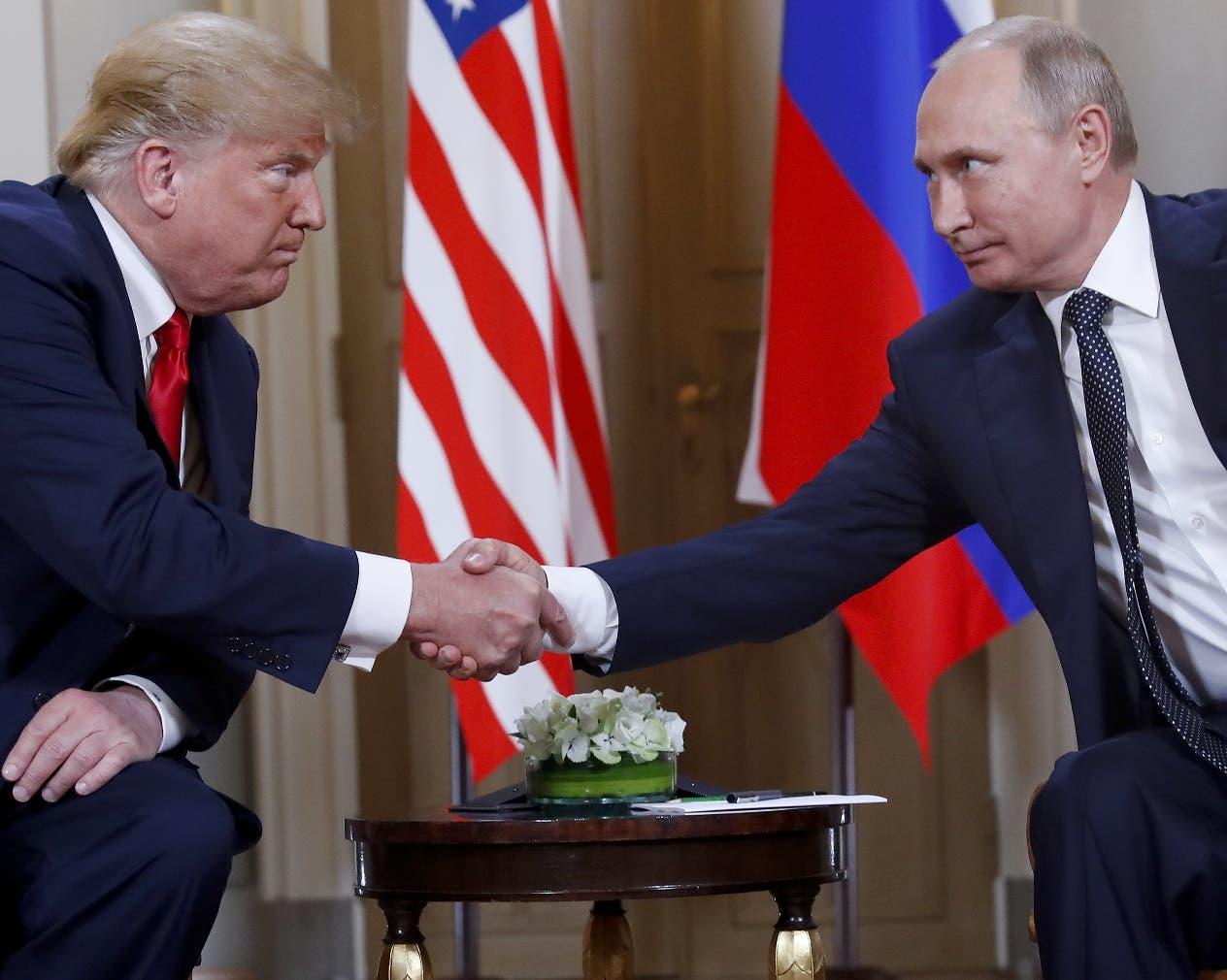 Donald Trump recibió una ola  de críticas respecto a su comportamiento con Vladimir Putin.