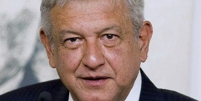 Andrés Manuel López Obrador reducirá su salario.