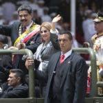 """Ante Nicolás Maduro más de 25 mil  """"combatientes patriotas"""" desfilaron por casi dos horas en la avenida Los Próceres.  AP."""
