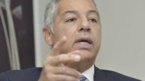 Donald Guerrero, ministro de Hacienda.  Archivo.