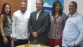 Juan Tejeda, Yaeli Báez, Félix Peguero, Luis José Chávez, Yenny Polanco y Ramón Chávez.