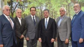 Juan Biaggi,  Manuel Troncoso,  Miguel Fiallo,  Leonel Fernández, Raúl de Moya y José Rodríguez.