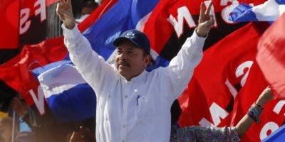 El presidentes Ortega  celebra aniversario sandinista.
