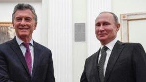 Mauricio Macri busca alternativas a la crisis de Argentina.