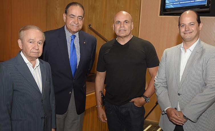 Ellis Pérez, Julio Amado Castaños Guzmán, Pipín  Ferreras y  Alejandro Cambiaso.