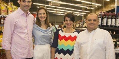 Víctor Martínez, Julia Pastoriza, Patricia Barredo y César Tapia.