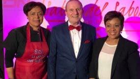 María Kelly, Massimo Borghetti y Alba Nely Familia durante el encuentro.