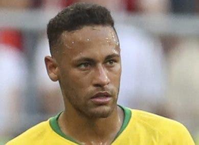 Neymar está cada vez más cerca de fichar con Barcelona