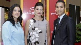 Cesarina Lugo, Luisa Féliz y Jorge Linares.