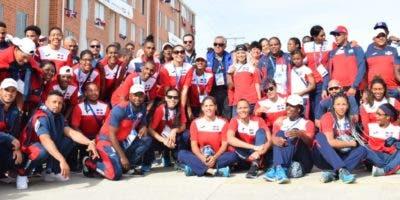 Integrantes de la selección dominicana que desde hoy estará en competencias en los Juegos Centroamericano y del Caribe.  Alverto Calvo.