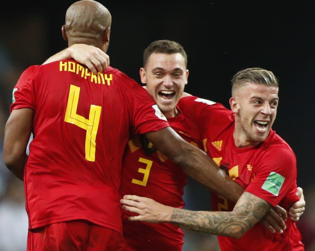 Jugadores belgas celebran tras concretar su última victoria en el Mundial de Rusia.